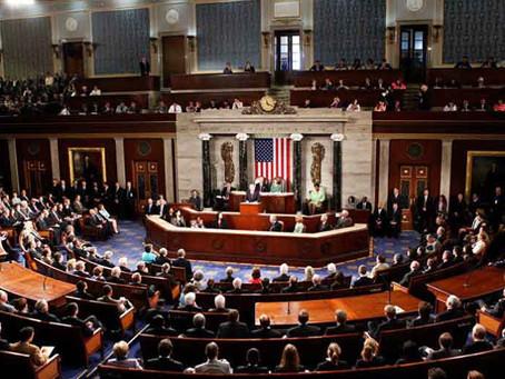 مجلس الشيوخ الأمريكي يبدأ يوما ثانيا من محاكمة عزل ترامب