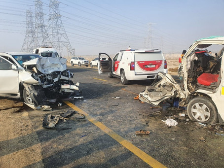 15 injured in two-vehicle Traffic Accident in Dubai