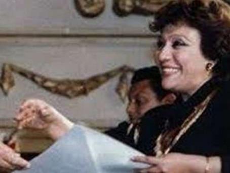 وفاة الكاتبة المصرية كوثر هيكل زوجة الفنان أبو بكر عزت