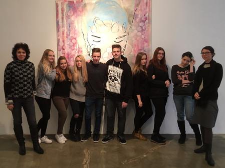 Kunstunterricht in der Galerie
