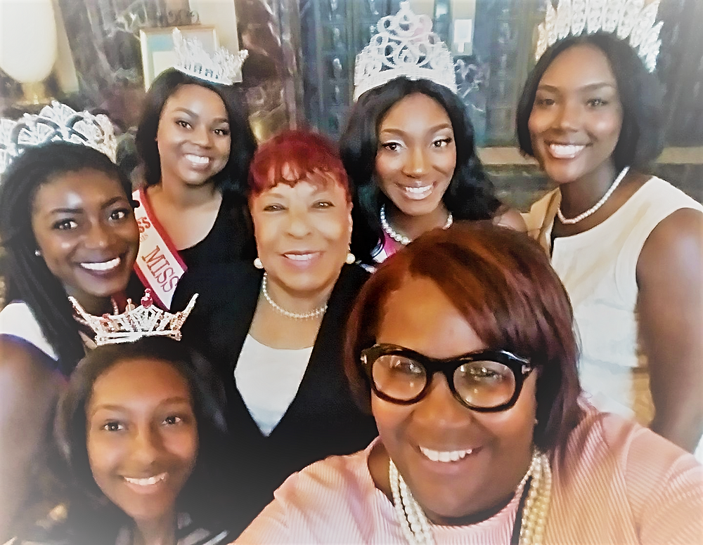 Rep. Smith Welcomes the Queens