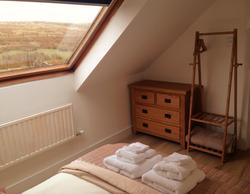La Maison de Campagne small double bedroom storage space