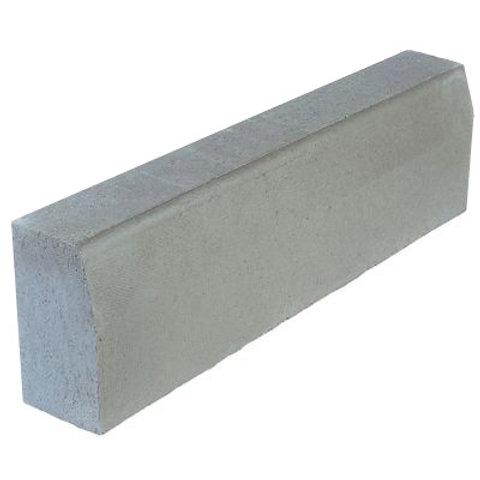 Kerbstone half battered  915x150x305mm Grey