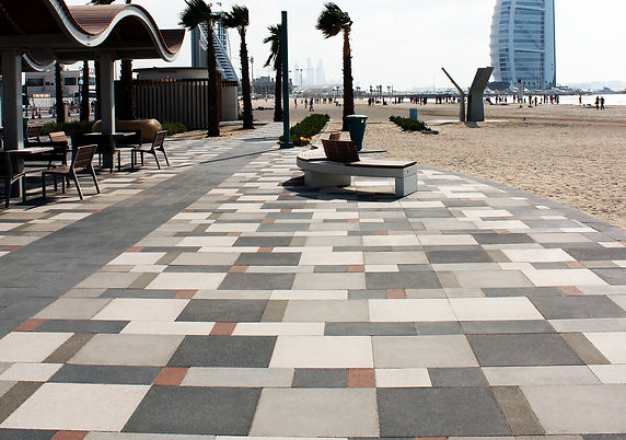 Granix - Jumeirah Beach 2.jpg