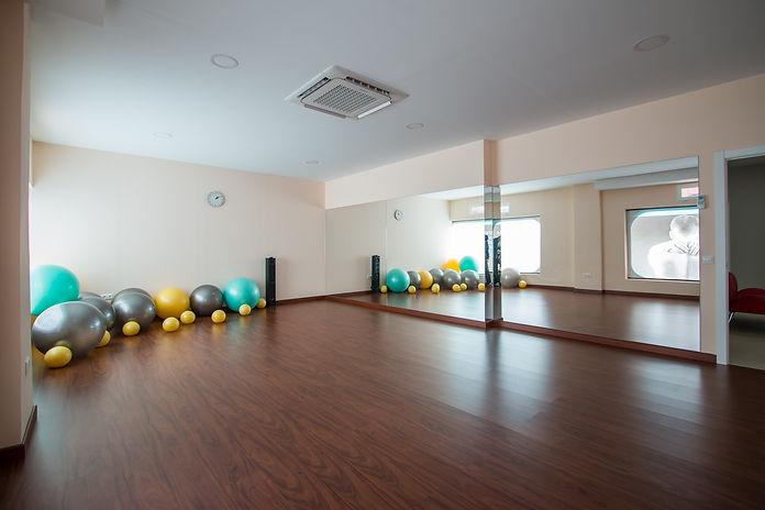 sala de gimnasio para actividades colectivas de Samira Guadalaja