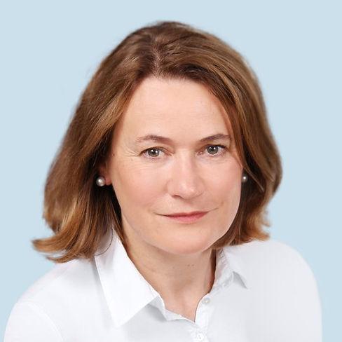 Linda-Duhn-Fachärztin-für-Dermatologie