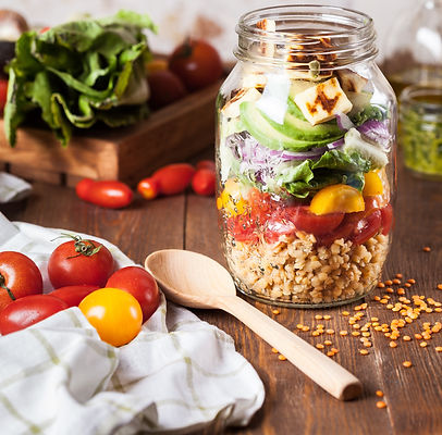 Lentil%20salad%20with%20fried%20cheese%20in%20a%20jar_edited.jpg