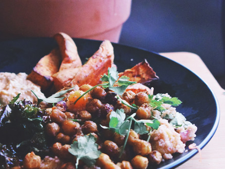 Moroccan Couscous With Spicy Chickpeas, Crispy Kale And Zingy Grapefruit Dressing