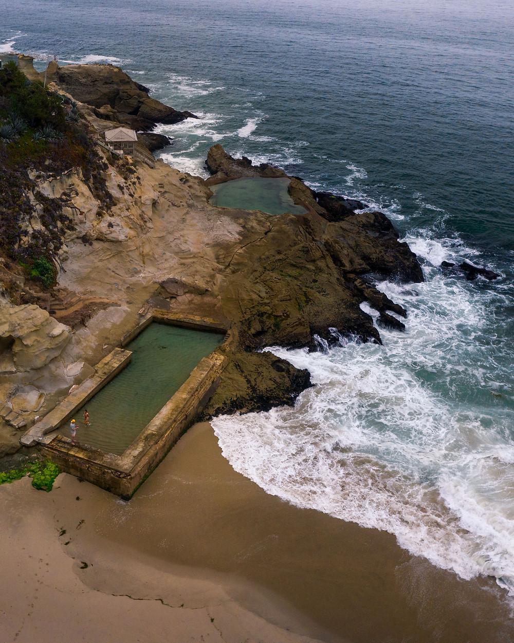 Tide pools of 1000 Steps Beach