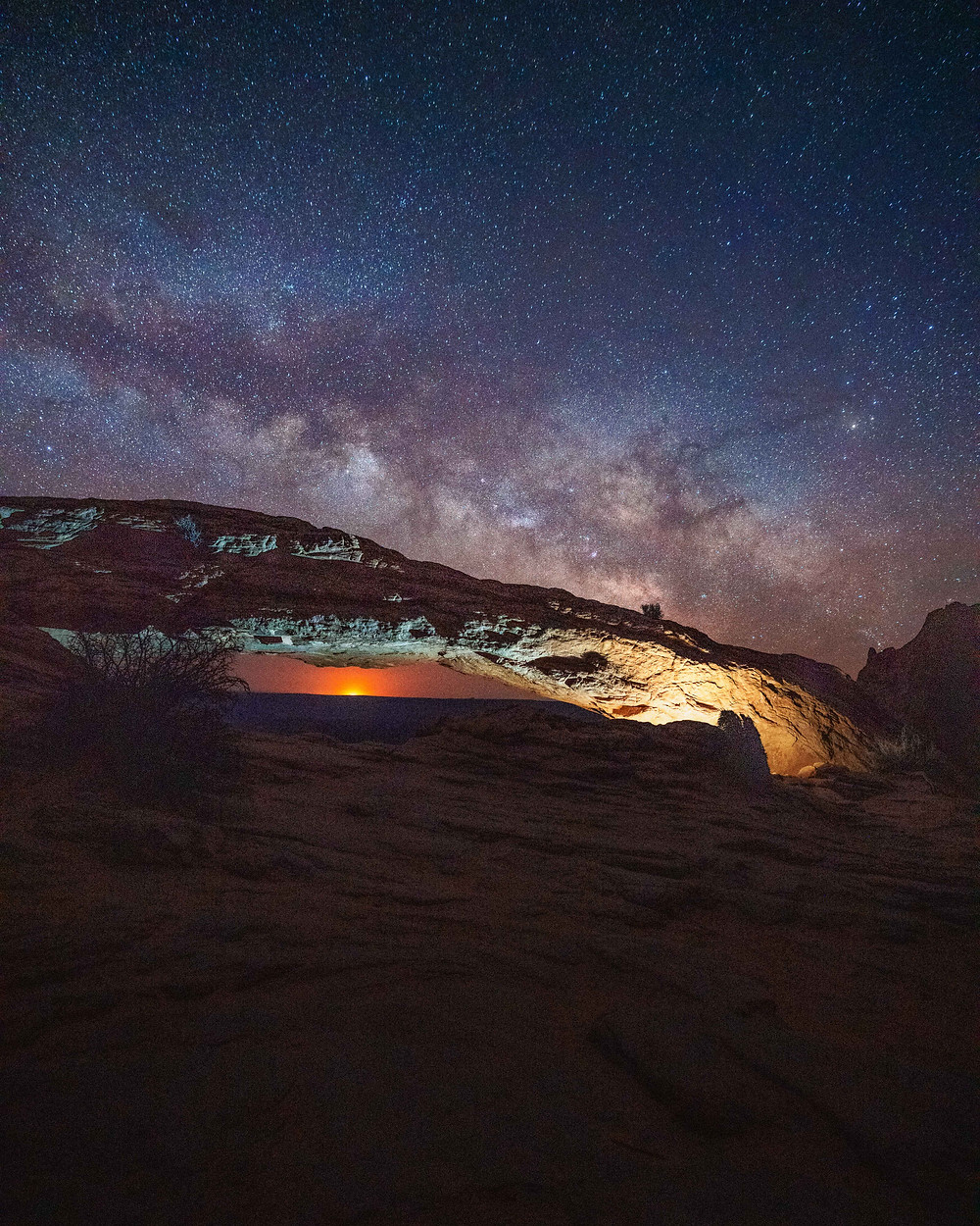 Milkyway and night stars over the Mesa Arch in Moab