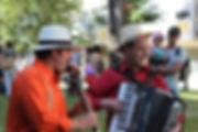 Rini & Bastolini ao ar livre.jpg