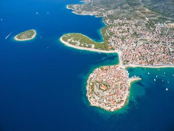 ¿Es «el mar Mediterráneo» o «el Mar Mediterráneo»?