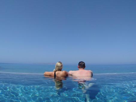 infinity pool es piscina infinita