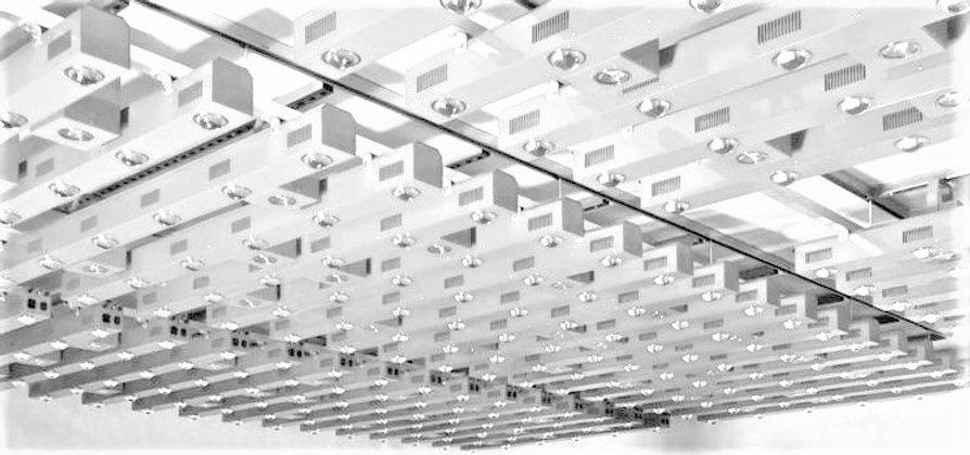 LED GROW LIGHT SYSTEM .JPG
