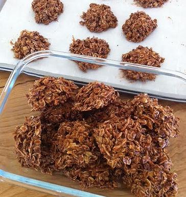Oat, Coconut & Chia Seed Cookies