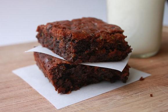 Fudgy flourless zucchini brownies