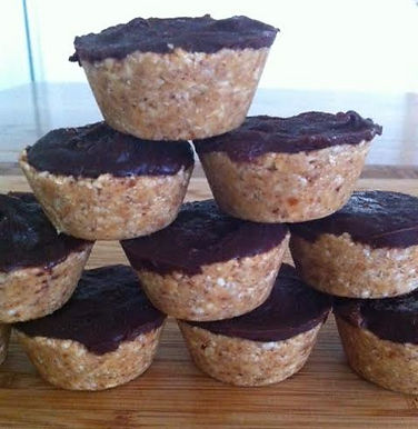 Almond Cups
