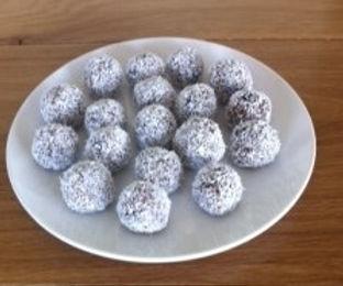 Date & Nut Balls