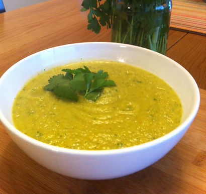 Creamy Avocado & Vegetable Soup