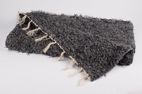 Recycled cotton rug dark grey folded