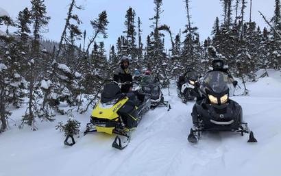 snowmobiles3.jpg
