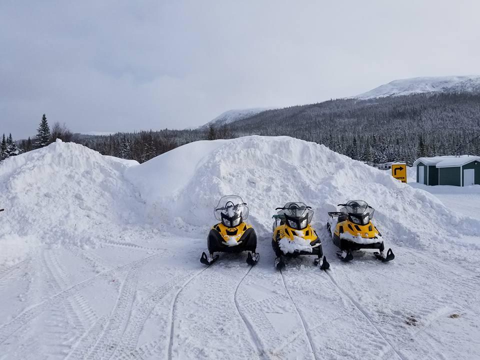 snowmachines6.jpg