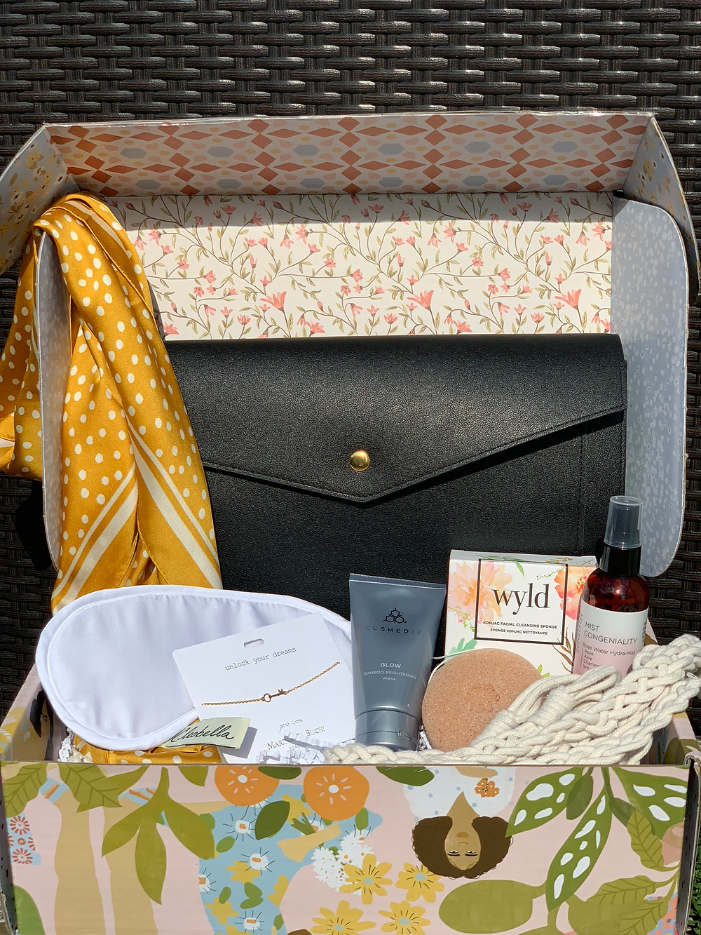 spring causebox, shop with purpose