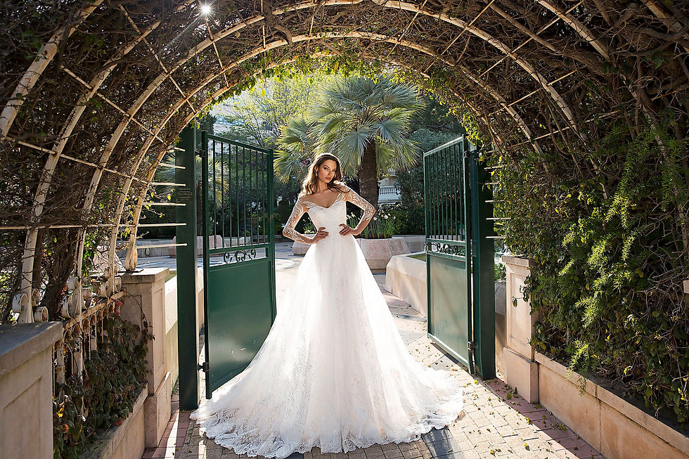 Brautkleid Lilian by Tina Valerdi