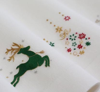 GAYLE WARWICK Christmas hand embroidered napkins