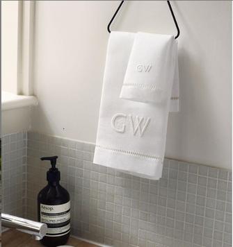 GAYLE WARWICK monogram embroidered hand towel