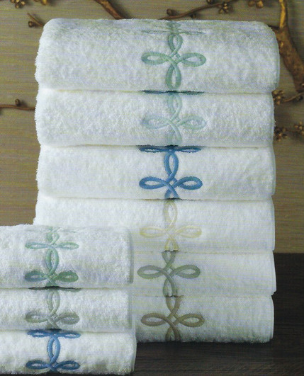 MATOUK Gordian knot towels