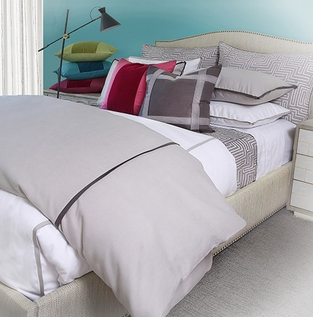 DANIEL STUART Bradford bed linens