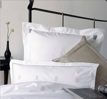 GAYLE WARWICK bed linens