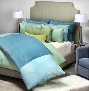 DANIEL STUART STUDIO Bedford Franklin bed linens - aqua