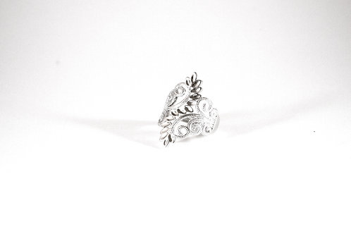 Sterling Silver Diamond Cut Vine Ring-- sz. 7