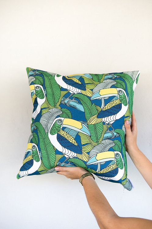Cuscino moderno | Cape2Milano | Copricuscino Tucano | Jungel Fever | Arredamento design Sudafricano | Cuscini Divertenti |