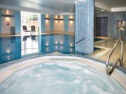 the-cheltenham-chase-a-qhotel-brockworth-nr-cheltenham_030320091528288682