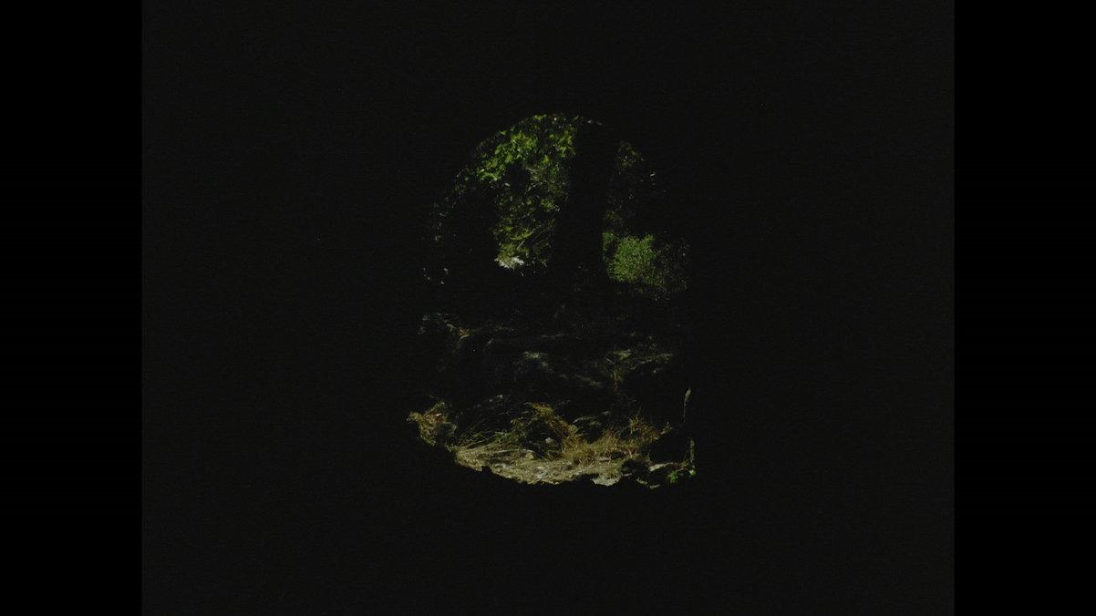 cave0.jpg