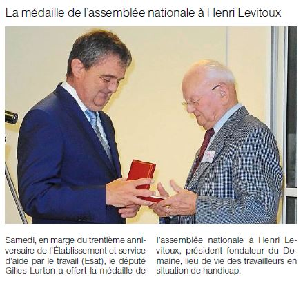 2015-06-15-OF-SM-Remise_de_la_mÇdaille_de_l'AssmblÇe_Naionale_Ö_Henri_LEVITOUX