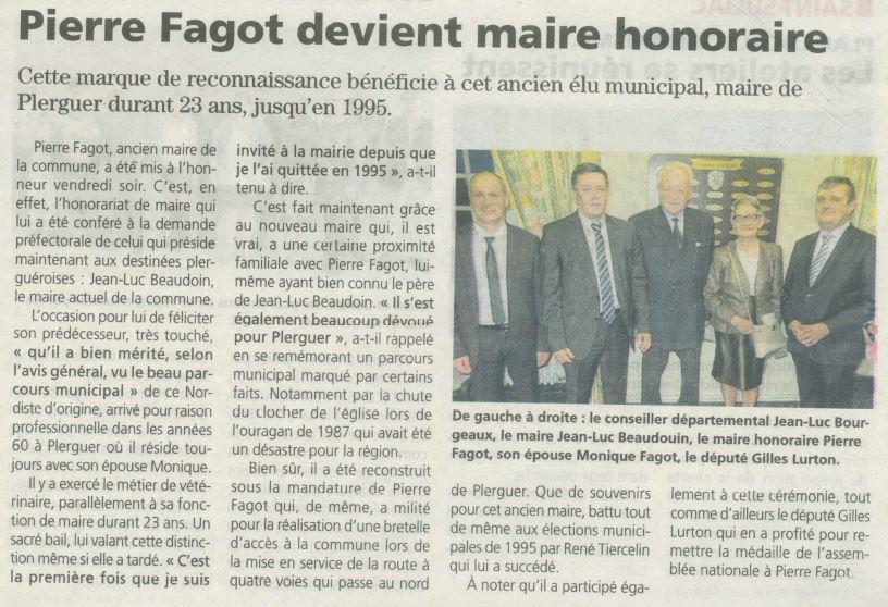 2015-10-15-PM-CÇrÇmonie_officialisant_le_titre_de_Maire_Honoraire_Ö_Monsieur_Pierre_FAGOT-Maire_de_P