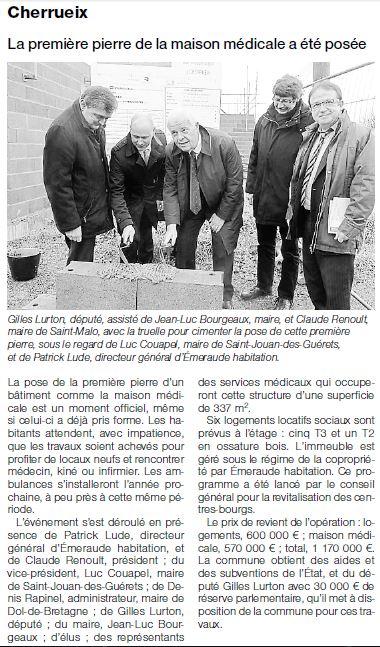 2014-12-19-OF-SM-Pose_de_la_1äre_pierre_Maison_mÇdicale_EH_Cherrueix