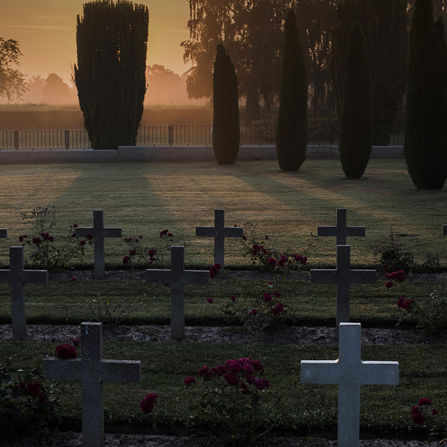 Dawn in the cemetery of Good and Evil.jp