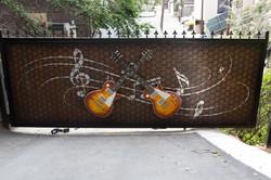 Custom Metal Les Paul Guitar Gate