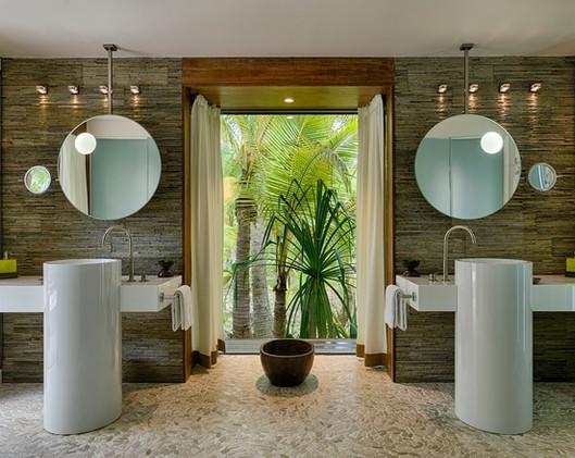the-brando---bathroom_45650488301_o.jpg