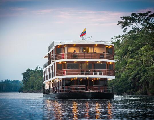 Anakonda Amazon Cruises.jpg