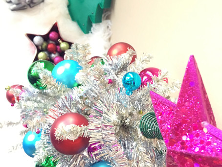 DIY Holiday Decor & Sassy Holiday Ornaments