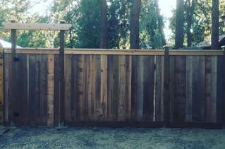 Custom Cedar Fencing Central Oregon _ Cedar & Stone