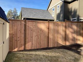 Cedar Cap & Bevel Fence Bend _ Cedar & Stone