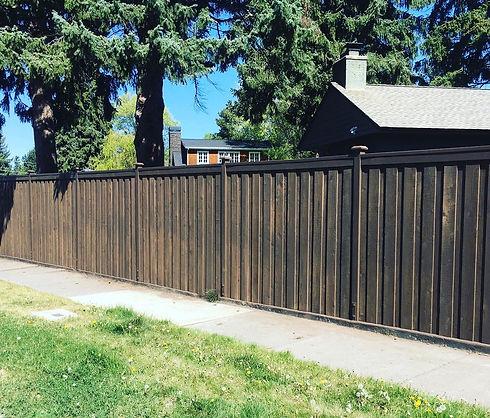 Custom 7ft Overlap Fence in Bend