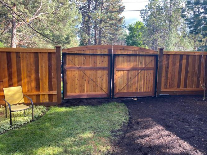 Cedar & Stone Central Oregon Wolf Gates Back